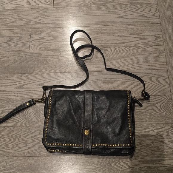 Beautiful Vintage Genuine leather crossbody bag